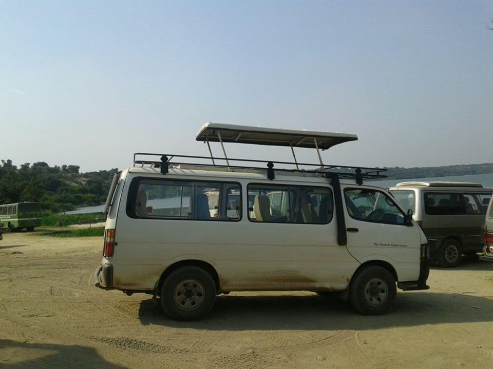 safari-minivan